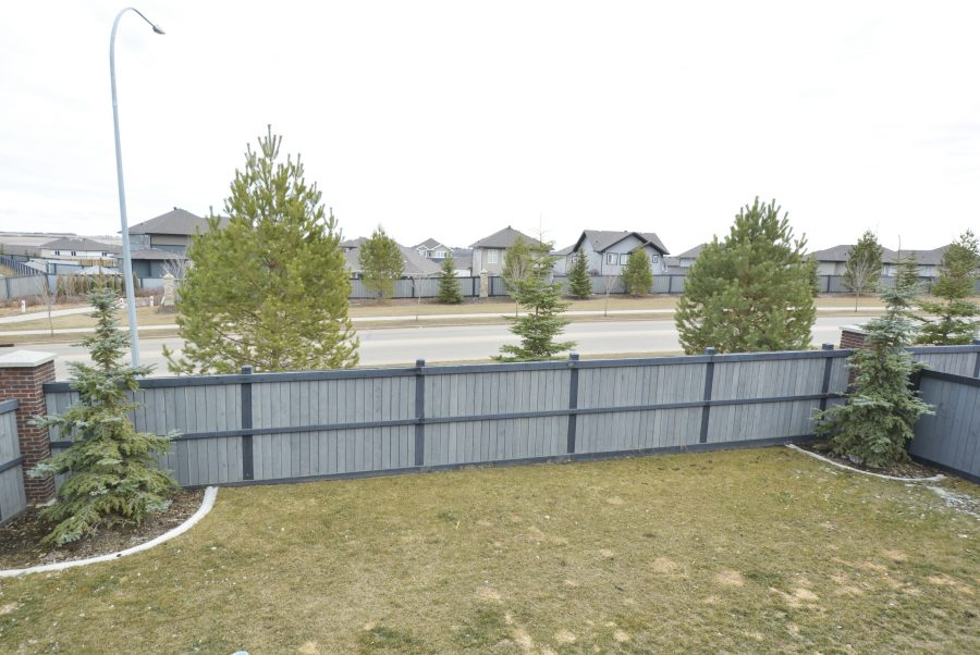 28-Eastbrick-Place-Backyard2