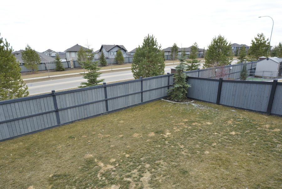 28-Eastbrick-Place-Backyard3