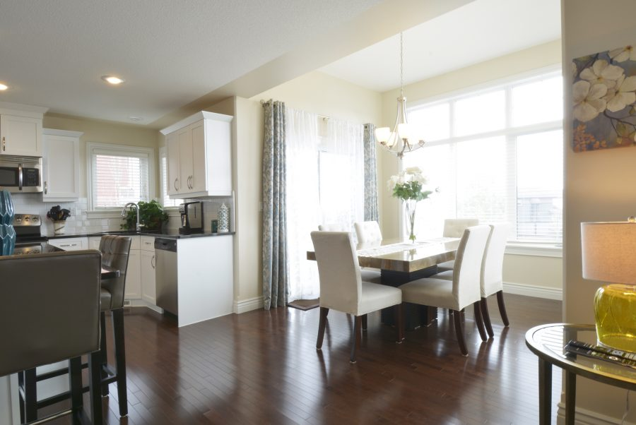 28-Eastbrick-Place-Dining2