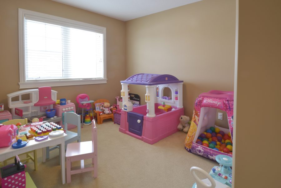 28-Eastbrick-Place-NEW-GIRLS-ROOM3