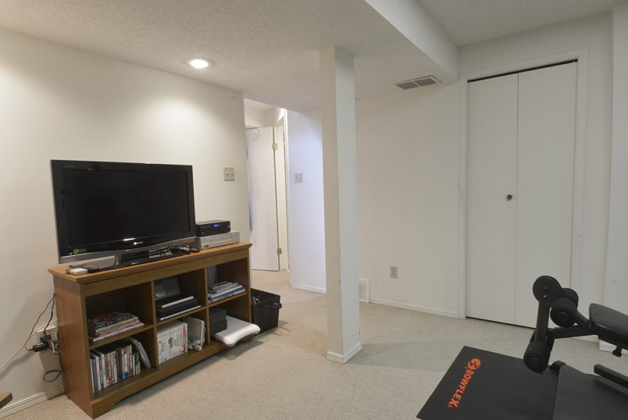 10010-172-Ave-Basement-Workout-Room