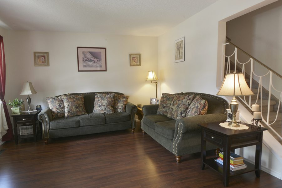 10010-172-Ave-Greatroom3