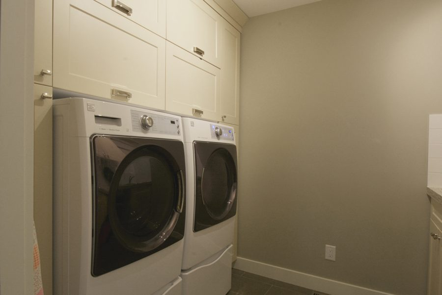 2-LaChance-Drive-Laundry-Room