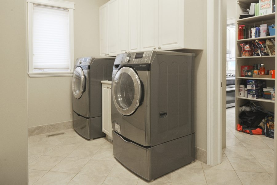 10-overton-place-laundry-room