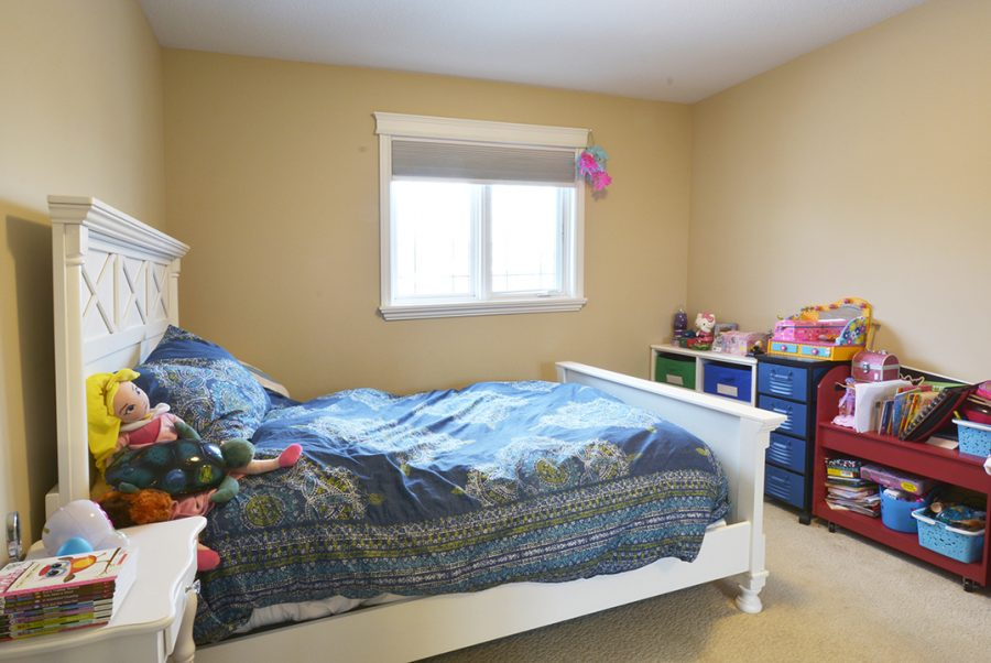 10-overton-place-master-girls-room