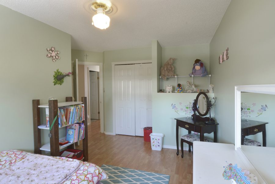 11-echo-ave-spare-room-1