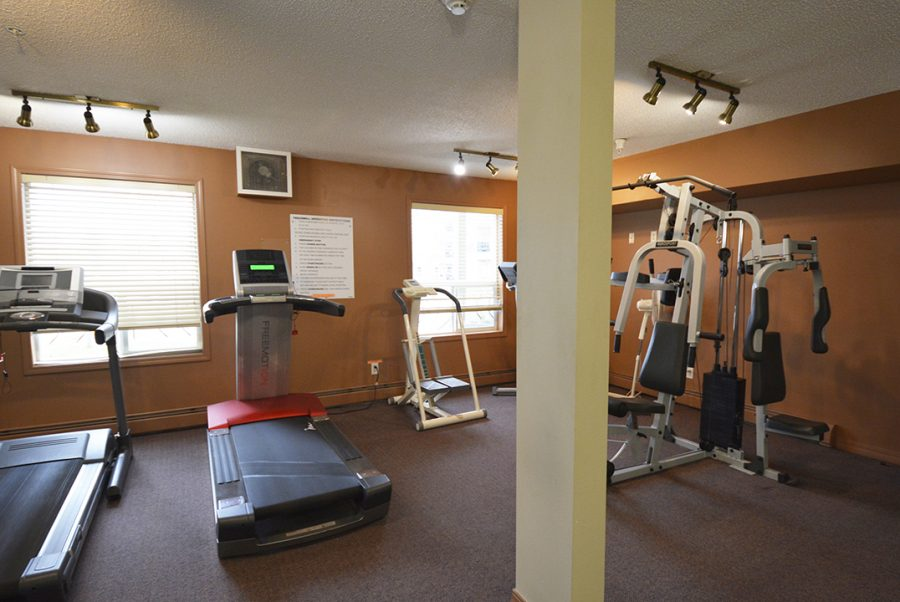 122-9730-174-street-exercise-room