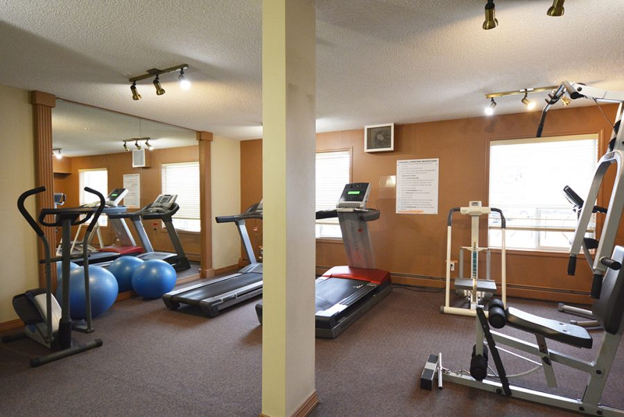 122-9730-174-street-exercise-room2