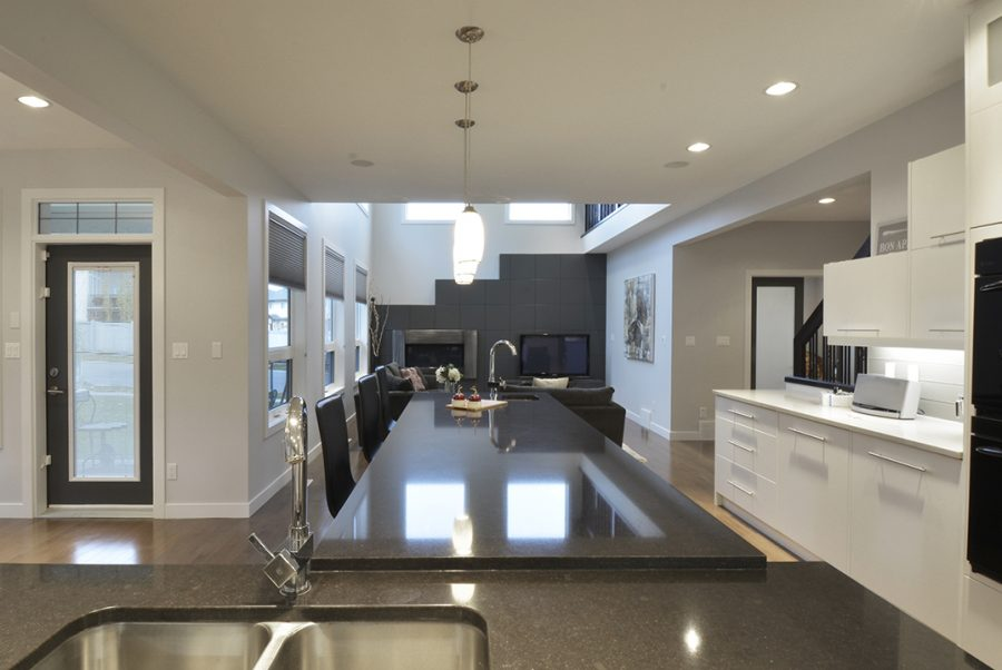 63-lacombe-drive-kitchen3