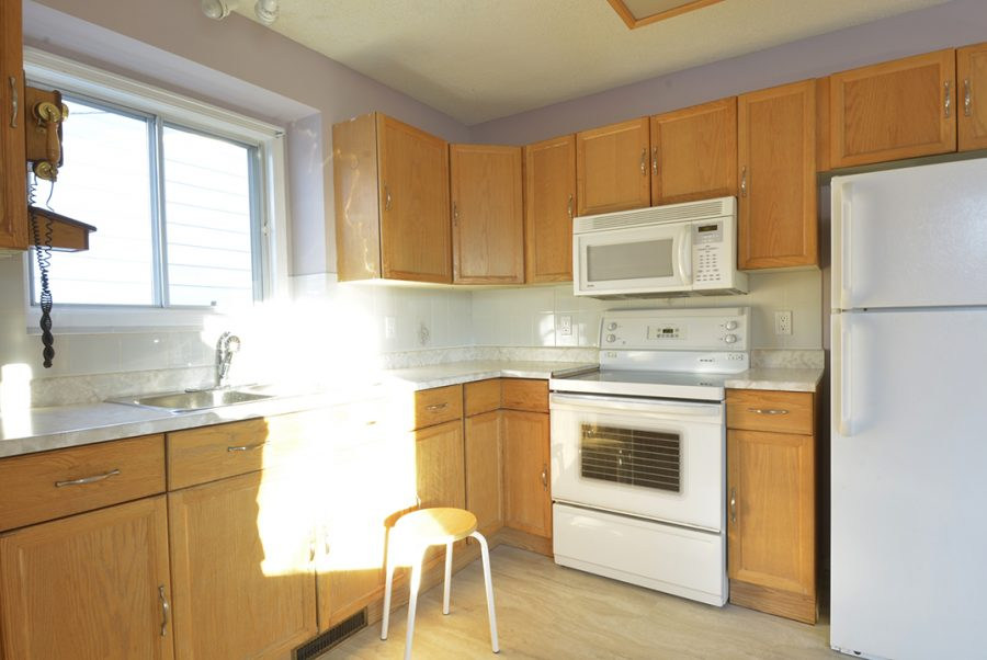 3816 48 Street Kitchen2