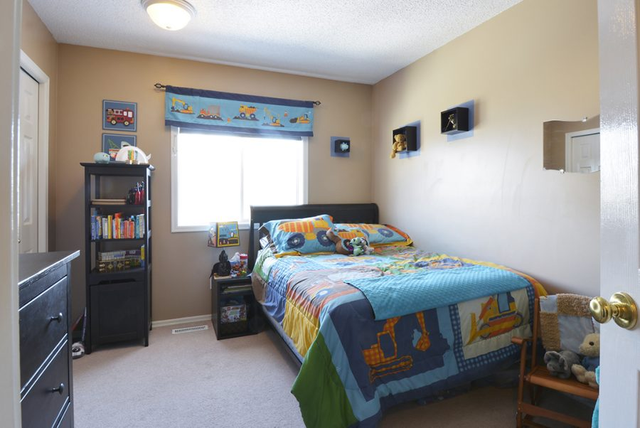 13-Oakmont-Boys-Room