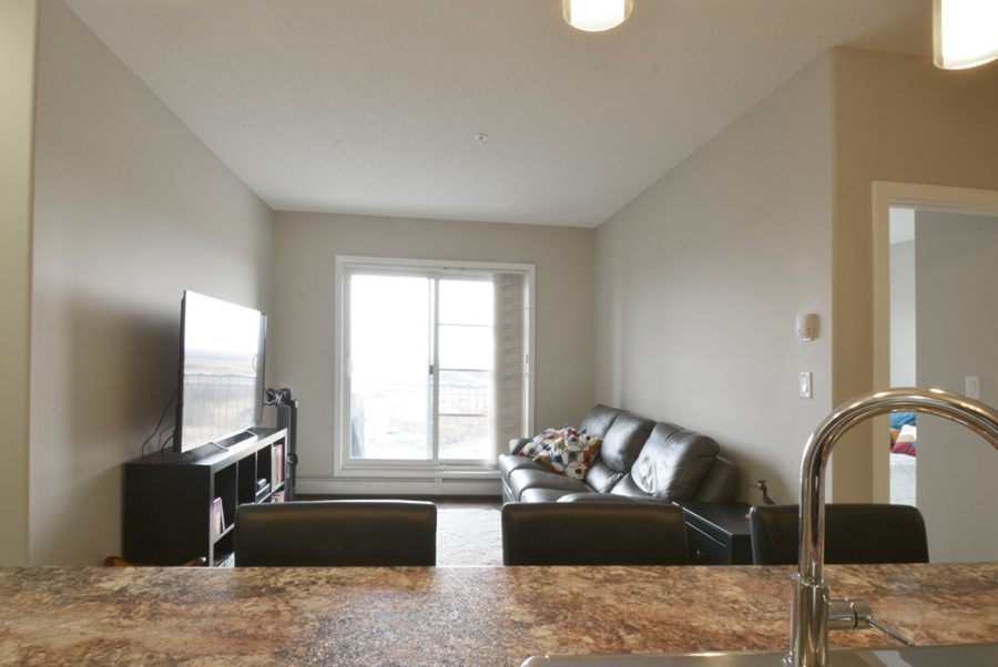 406, 507 Albany Way NW Greatroom1