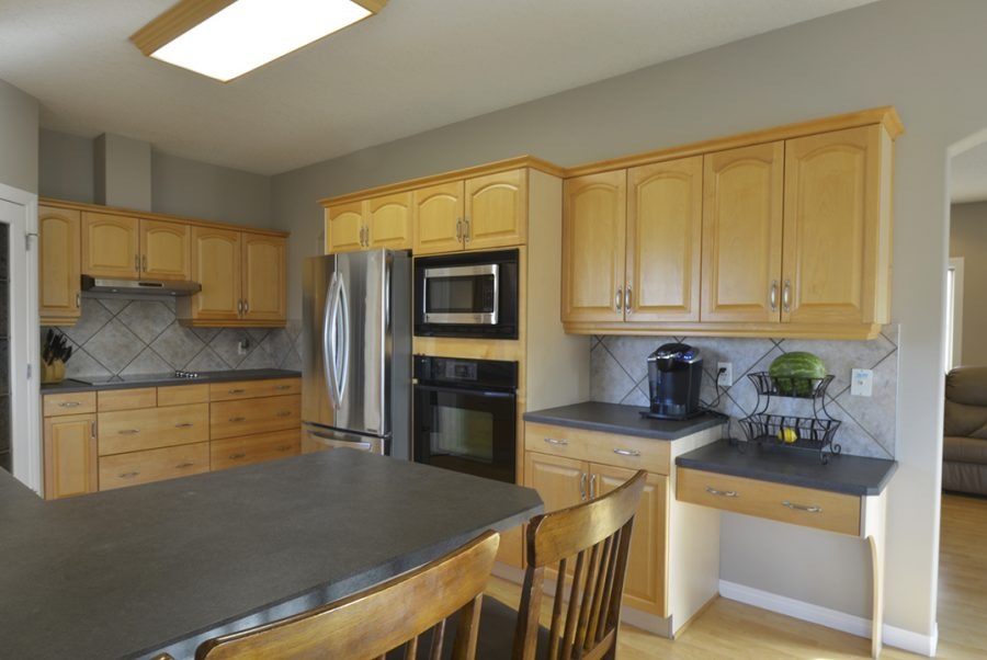 53415 RR262 Kitchen4