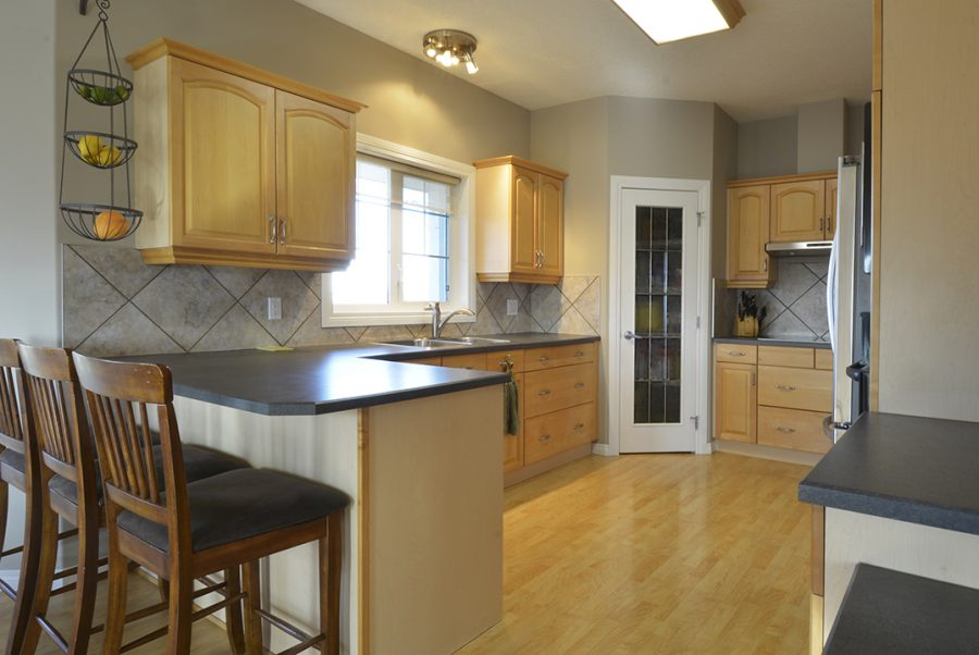 53415 RR262 Kitchen5