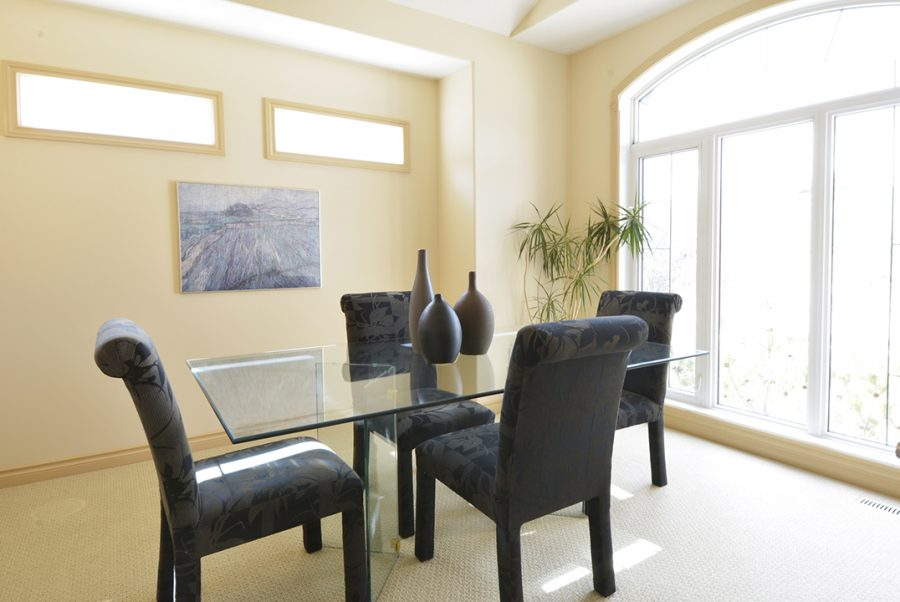 55 Kendall Crescent Dining2