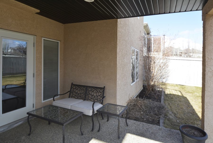 55 Kendall Crescent Patio