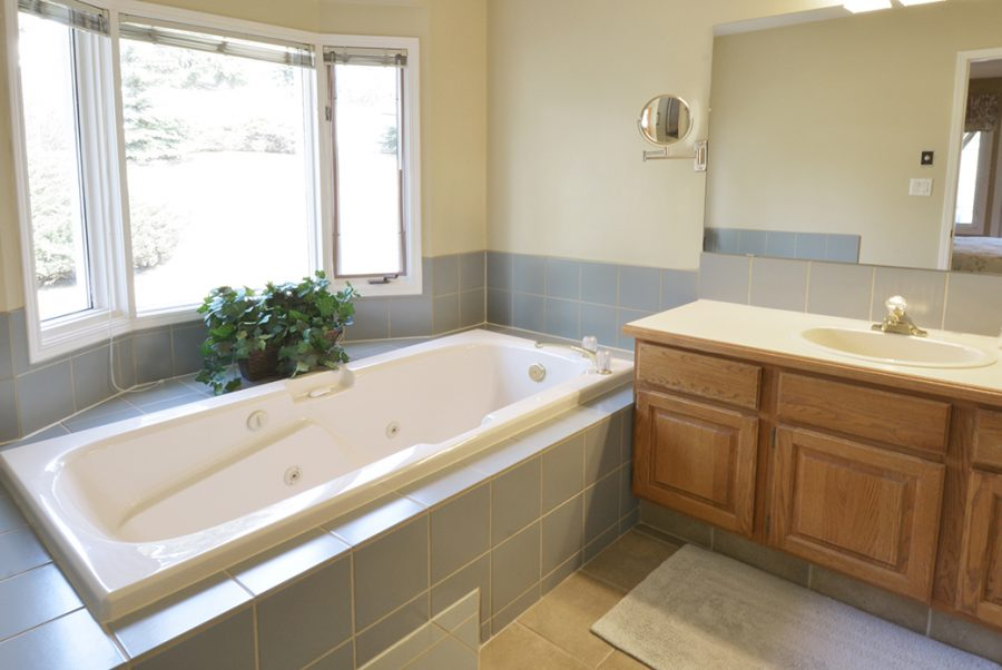 6 Irongate Place Master Ensuite1