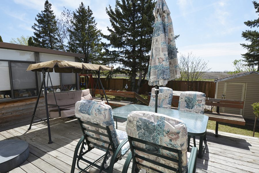 10207 95 Morinville Backyard5