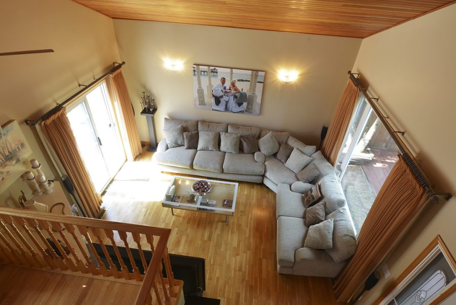 10207 95 Morinville Living Room1