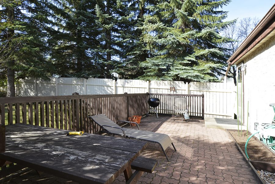 33 Woodcrest Backyard1