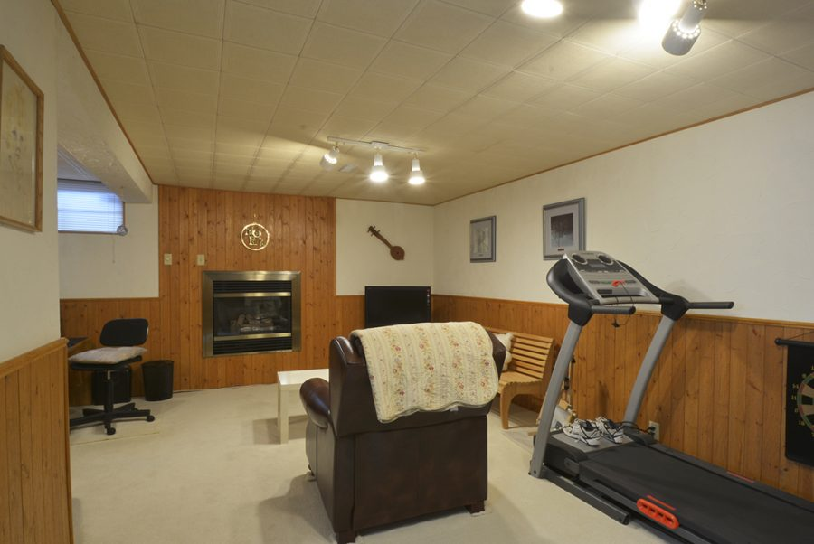 33 Woodcrest Basement1