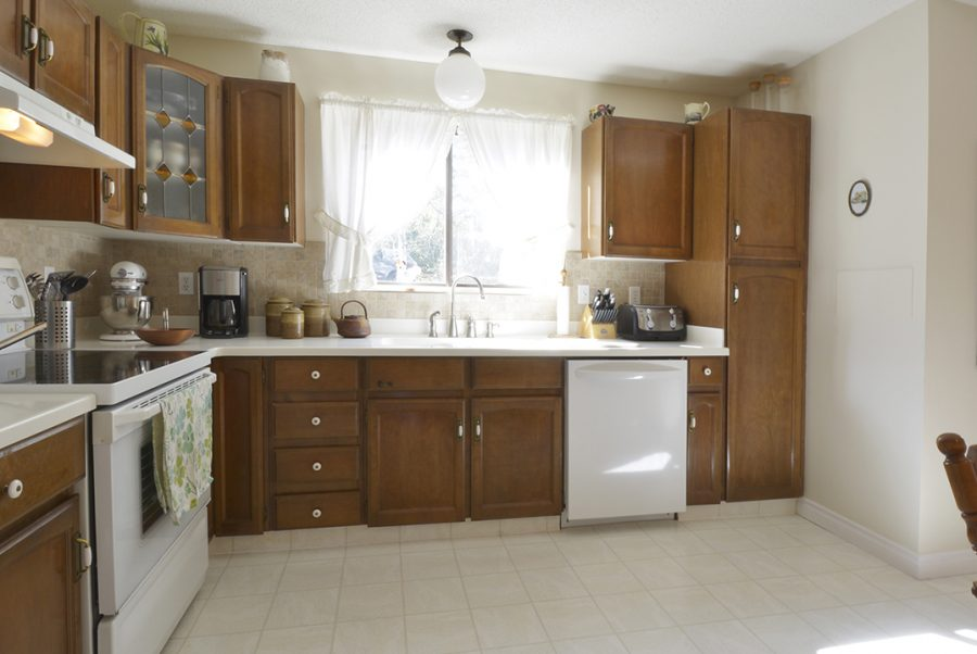 33 Woodcrest Kitchen2