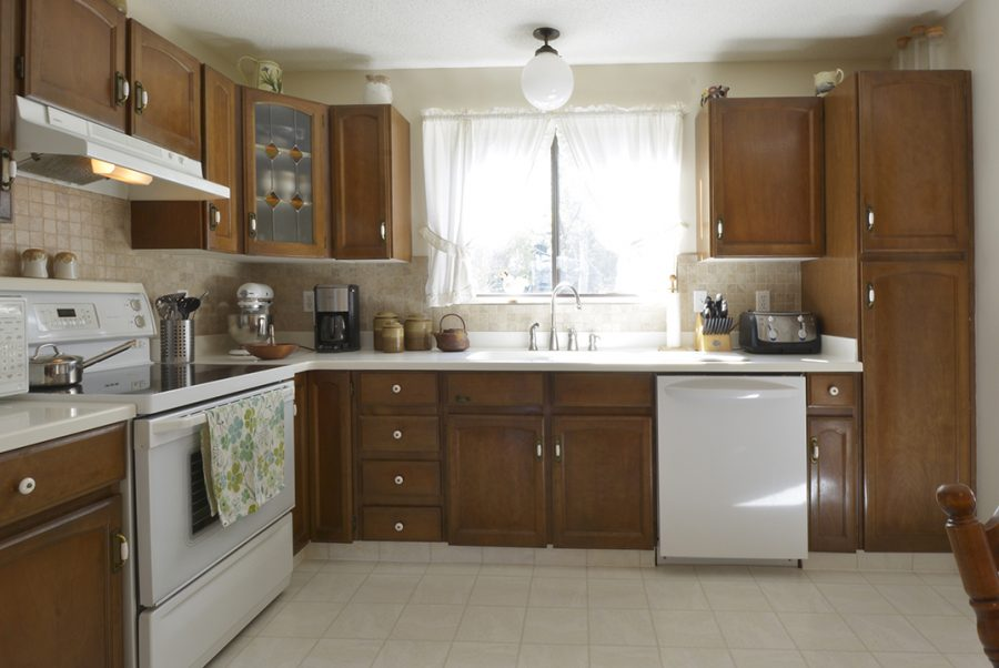 33 Woodcrest Kitchen6